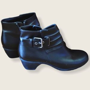 ComfortPlus Faux Leather Ankle Boots